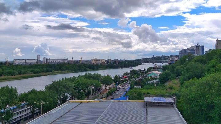 В Ростовской области вновь объявлено штормовое предупреждение: Идут ливни с градом