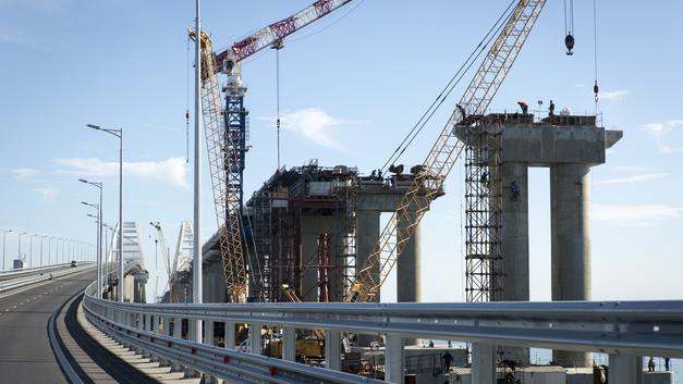 Мечта строителя Крымского моста: Если начнут сносить Белый дом, обязательно позовите