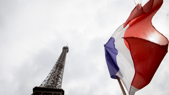 На самом деле во Франции игра только началась