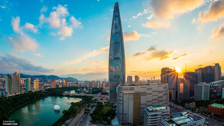 В Сеуле из-за угрозы взрыва эвакуировали здание Samsung