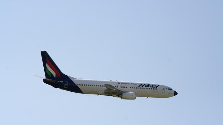 Боинг сопровождает свой самолёт до списания: Эксперты объяснили, как американская компания побеждает российский авиапром