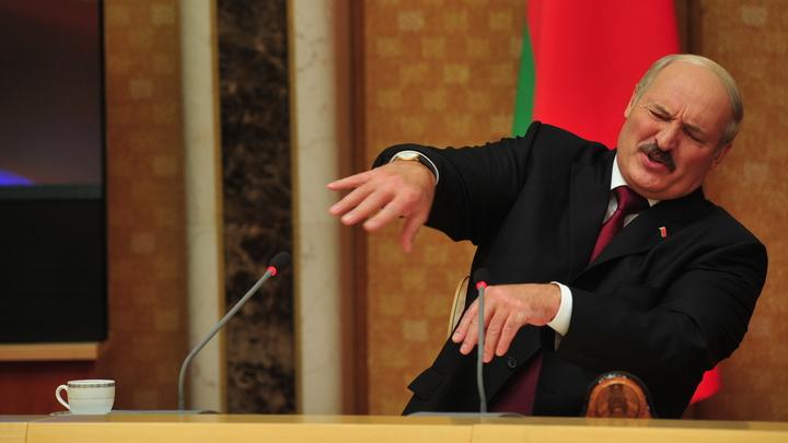 """Что сказал Лукашенко: В Белоруссии нашли оправдание оскорбившим Россию словам о """"чужих войнах"""""""