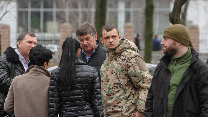Крали все, что не прикручено: Очевидец рассказал, как ВСУ сдавались в 2014 году в Крыму