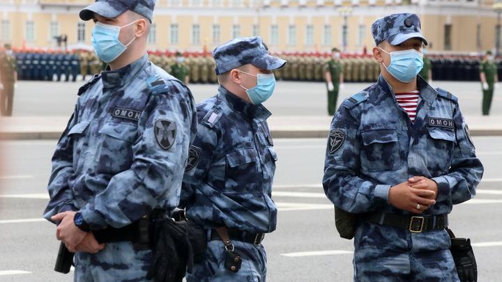 Преступное сообщество и военные объекты: Обыск по 20 адресам в Петербурге связали со взятками