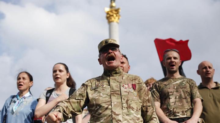 Заболели бациллой убийства: Политолог о странностях с украинскими карателями