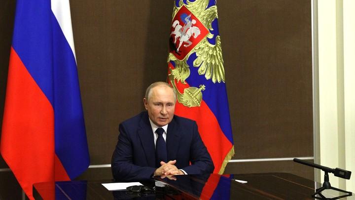 Путин ушёл на вынужденную самоизоляцию из-за коронавируса