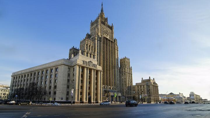 Кроме обиженных заявлений Зеленского, другой реакции Киева по украинским морякам не было – МИД