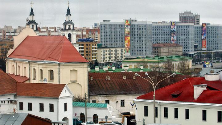 Путин может в одну секунду захватить Белоруссию: Ганапольский о своем видении Союзного государства
