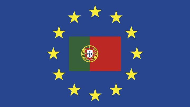 Португалия упрощает процесс оформления виз для граждан России