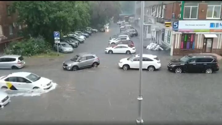 Часть Кемерова осталась без электричества из-за мощного ливня