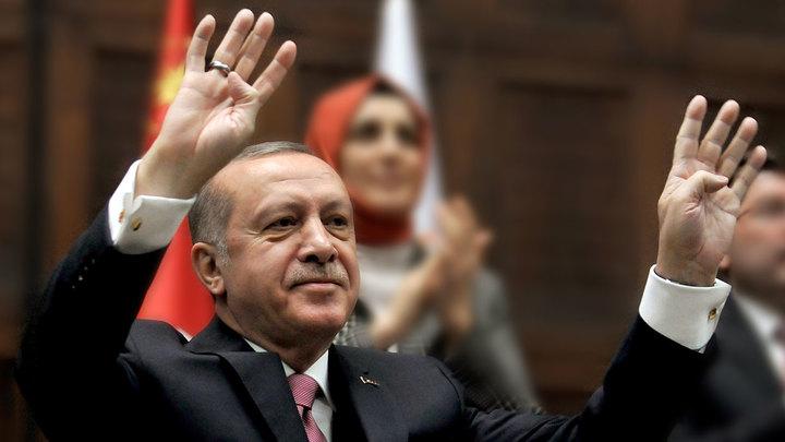 Эрдоган потеснил Путина на посту главного врага Европы