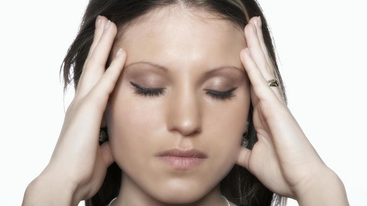 Чем опасны головные боли: Доктор Мясников рассказал, как распознать страшную болезнь