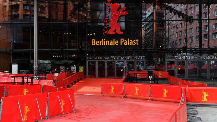 Берлинале переключился на гендерно-нейтральные награды: Какие номинации пошли под нож