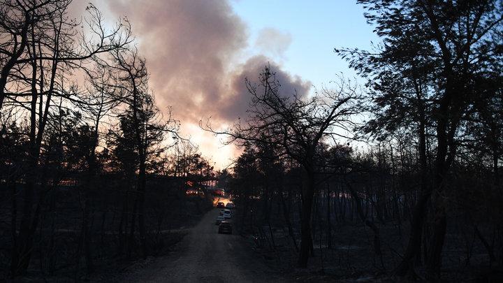 Турецкая трасса. Апокалиптично: Водители с молитвой штурмуют огненный тоннель - видео