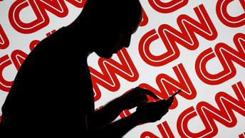 Помойное расследование: Журналист CNN порылся в мусорных баках российских троллей