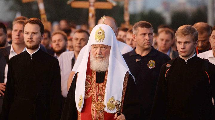 Коммунисты и либералы обвинили Патриарха в пенсионной реформе