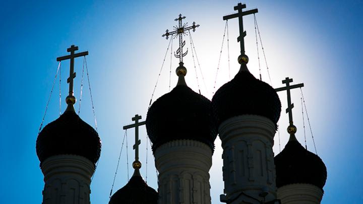 Вера, взвешенная на весах: Что говорят о Православии цифры ВЦИОМ