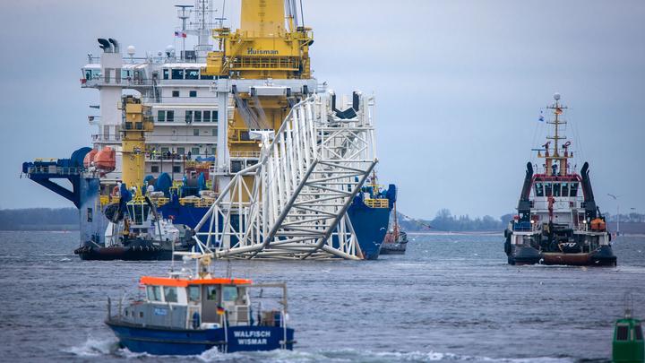 Противники Байдена потребовали немедленно ввести санкции против Северного потока - 2