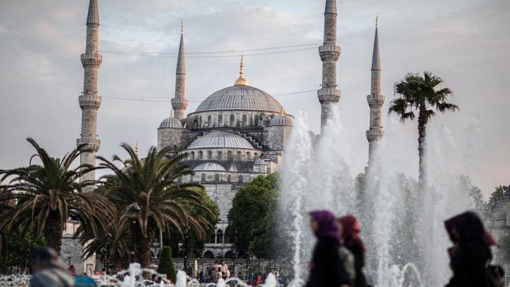 В Стамбуле усилены меры безопасности из-за угрозы теракта