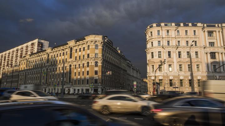 В мэрии объяснили причину ежедневного коллапса на дорогах Москвы