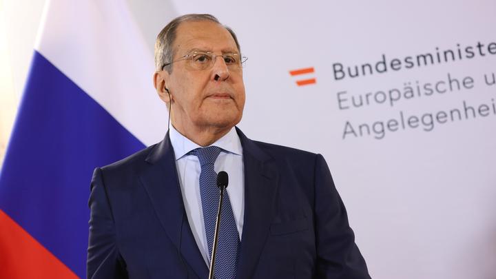 Лавров ответил на попытки Запада передать России часть мигрантов