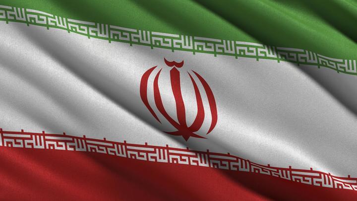 Летчики ВВС Ирана катапультировались за секунды до крушения истребителя
