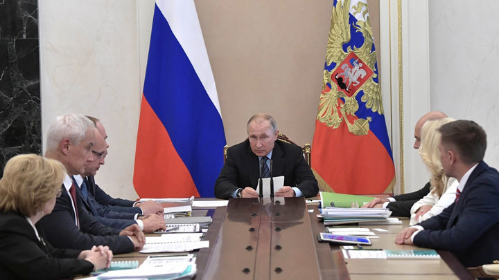 Провал в здравоохранении: Поможет ли российской медицине «рецепт Путина»
