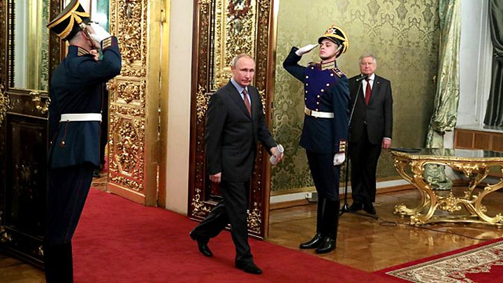 Путин не может просто стать пенсионером и сидеть на даче: Кто будет править в России после 2024-го