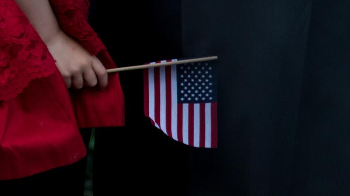 15 штатов США пошли в суд из-за отмены поддержки детей нелегалов