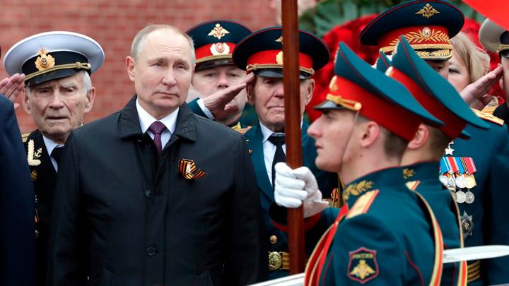 Русский ответ короне: радикальность против конвенциональности