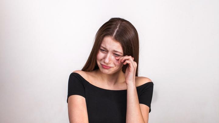 Добила пандемия: Психологи бьют тревогу - волна депрессий накрыла страну
