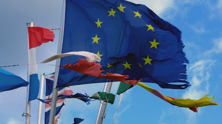 Постой в сторонке, пока старшие говорят: ЕС поможет Украине в переговорах с Газпромом