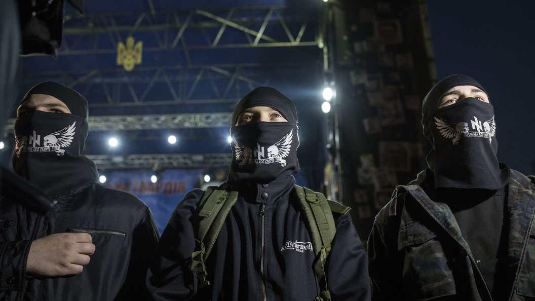 Украинские каратели принесли в жертву Перуну похищенного жителя Донбасса