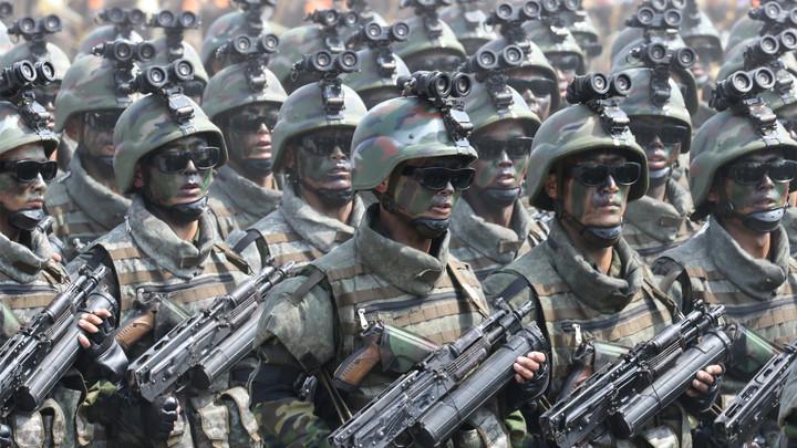 Лидер КНДР отработал маневры по вторжению в Южную Корею