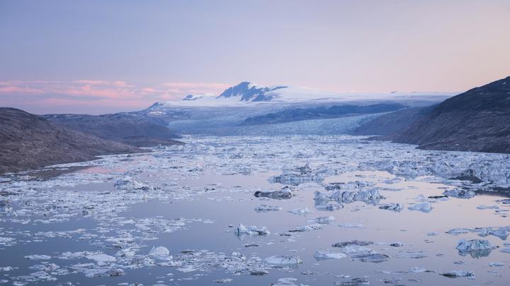 США вновь примеряются к Гренландии из-за... русских