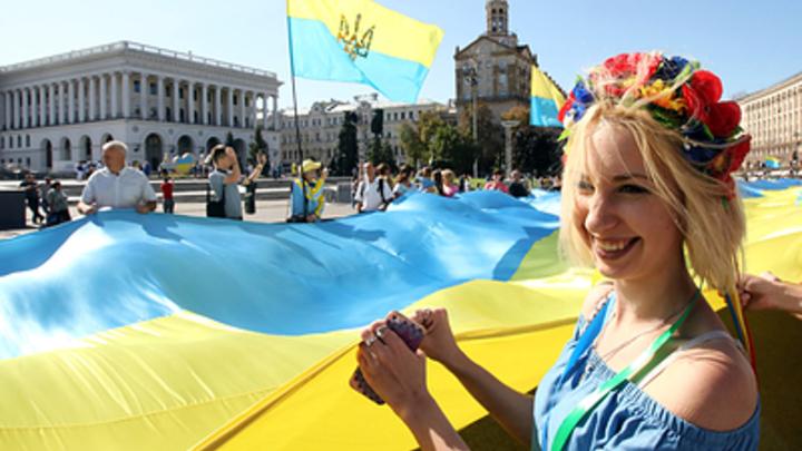 Украинки начали раздеваться в знак протеста: По соцсетям гуляет новый флешмоб