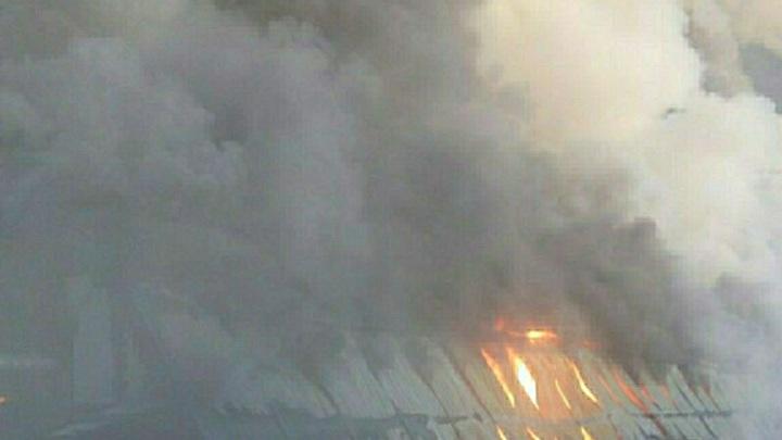В Подмосковье горит жилой комплекс Скандинавский - фото