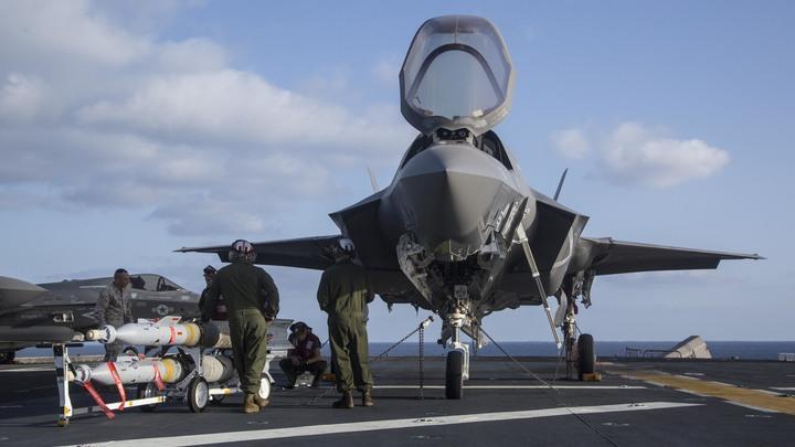 Американский истребитель F-35B рухнул через день после первого боевого вылета
