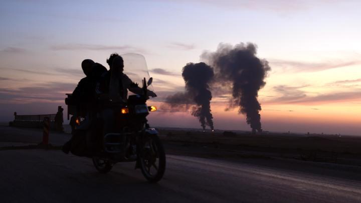 Американцы взрывали всё: Русские пришли на брошенную США базу в Сирии и сделали первые выводы