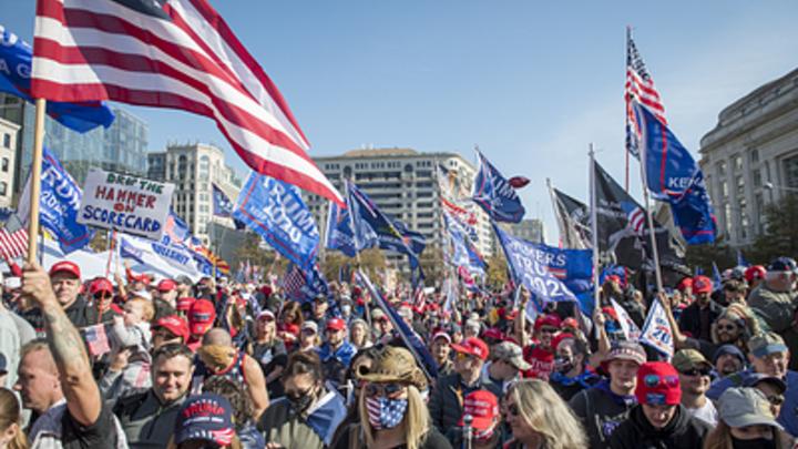 Я скорее стану русским, чем демократом: Белых в США били, но они не отказались от своих слов