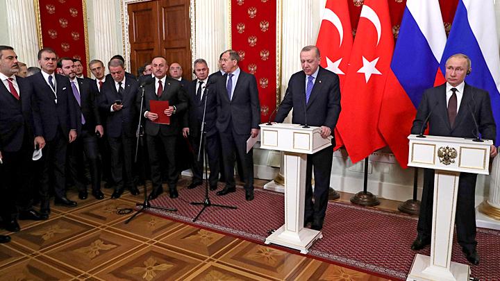 Мы ударим: Путин и Эрдоган остановили войну, но не угрозы в турецких СМИ