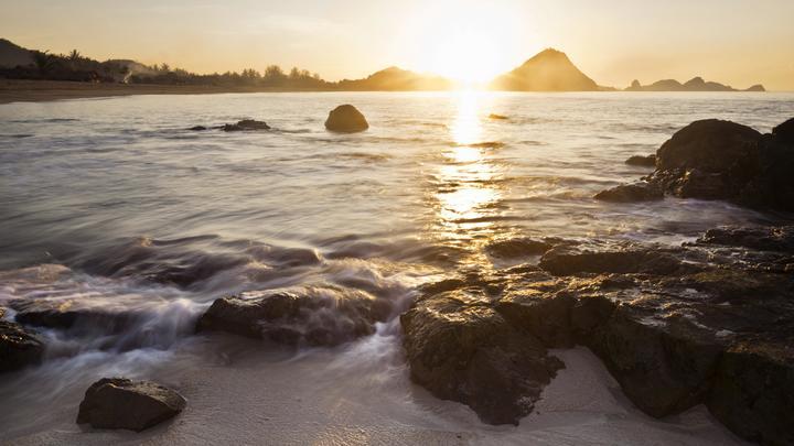 Индонезии грозит разрушительное цунами после мощного землетрясения