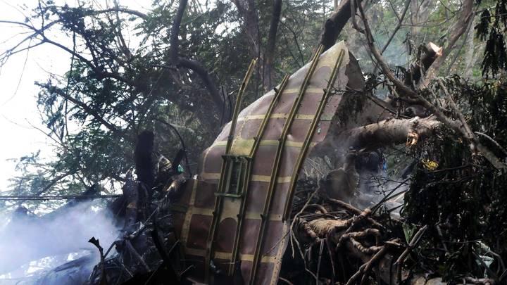 Упавший на Кубе Boeing 737 мог лететь с опасным грузом - эксперт