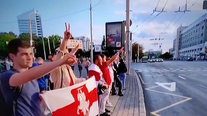 Мамы, выставляющие своих детей под пули?: Белоруска одним словом выразила отношение к протестам
