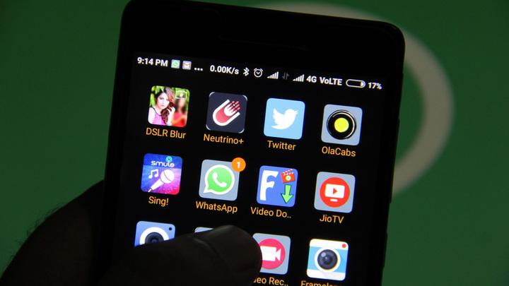 Васильева выступила против полного запрета телефонов вшколах