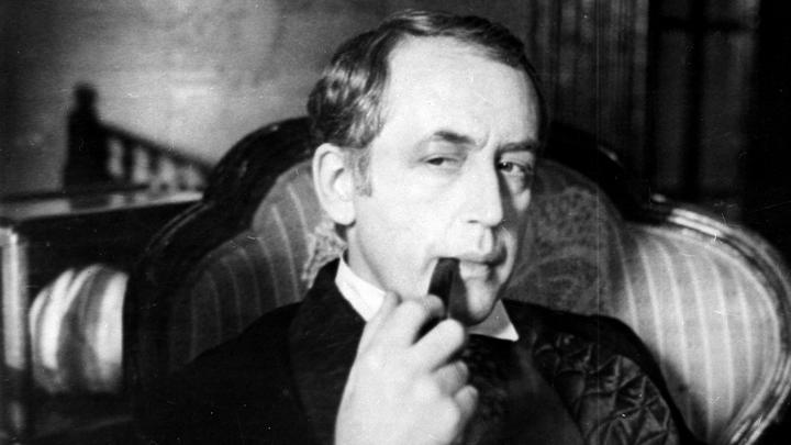 Шерлок Холмс оставит отпечаток ладони на площади в Москве
