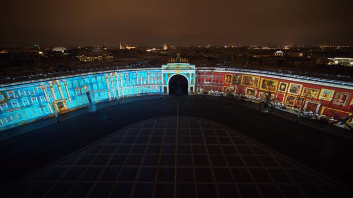 Начались показы 3D-шоу «Образ Победы в коллекциях и судьбе Эрмитажа» на Дворцовой площади