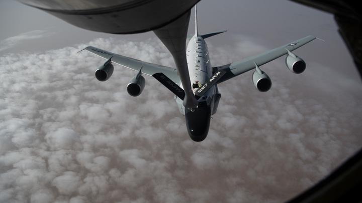 Донбассу готовят свою Бурю в пустыне? К границам России стянули стратегические щупальца США