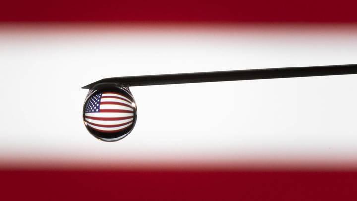 Пять признаков краха США: National Interest отдали мир России и Китаю