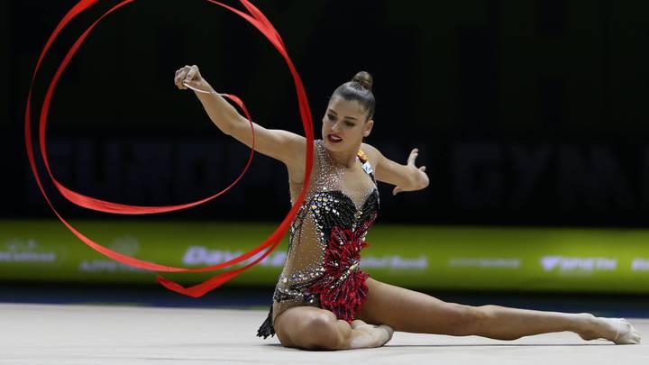 Попала в сложную жизненную ситуацию: Олимпийский комитет России - о госпитализации гимнастки Солдатовой
